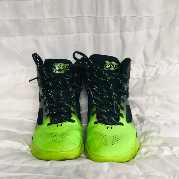 Under Armour Neon Green Boys Shoes